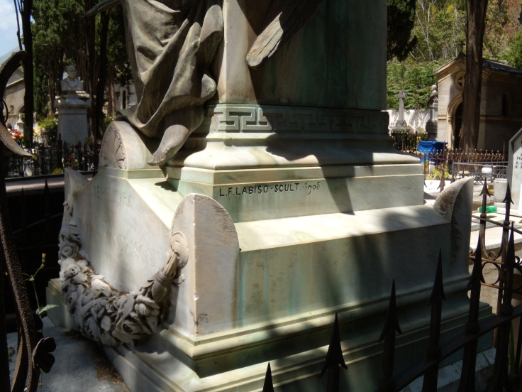 Monumento Mandrascate - firma