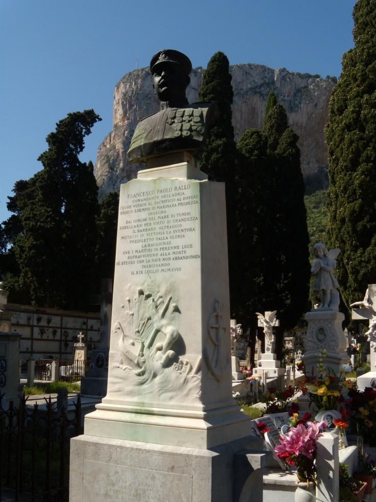 Monumento F.P. Rallo
