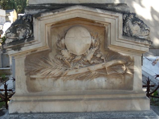 Monumento Griffo3