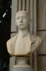 Busto B.LoVico