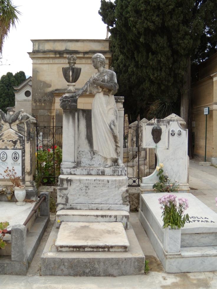 Monumento Fauci