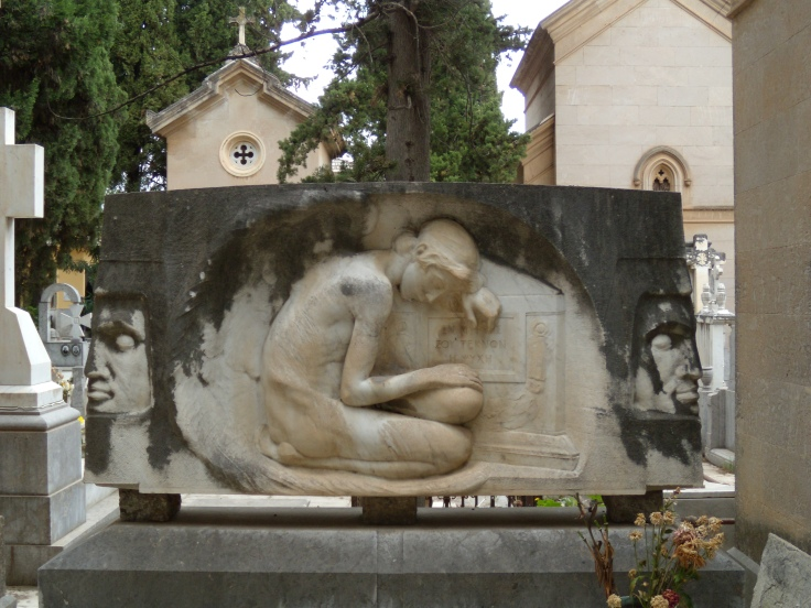 Monumento Castellana2