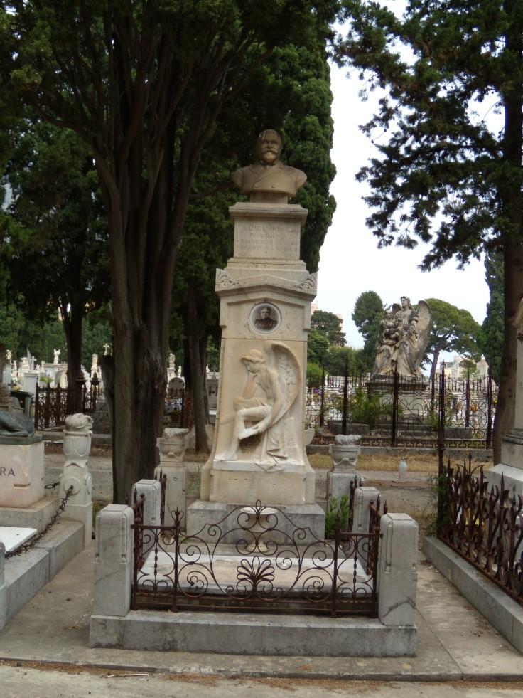 Monumento Luigi Bruno