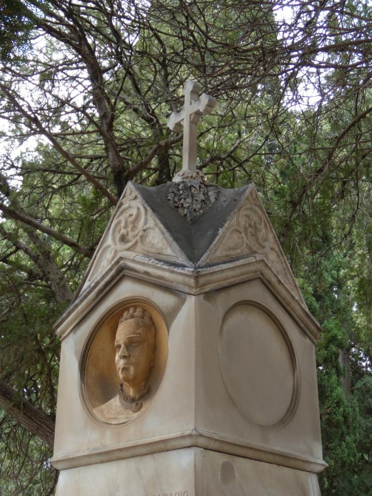 Monumento Benfratello3