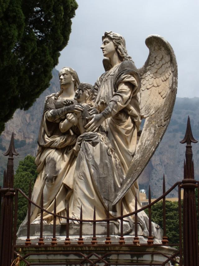 Monumento Favier2