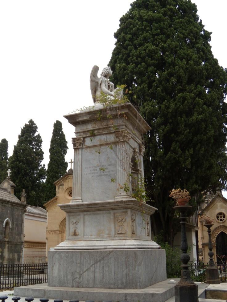 Monumento Varvaro2