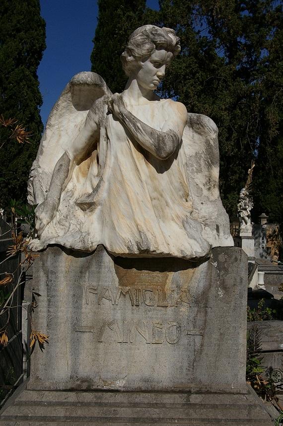 monumento_mineo